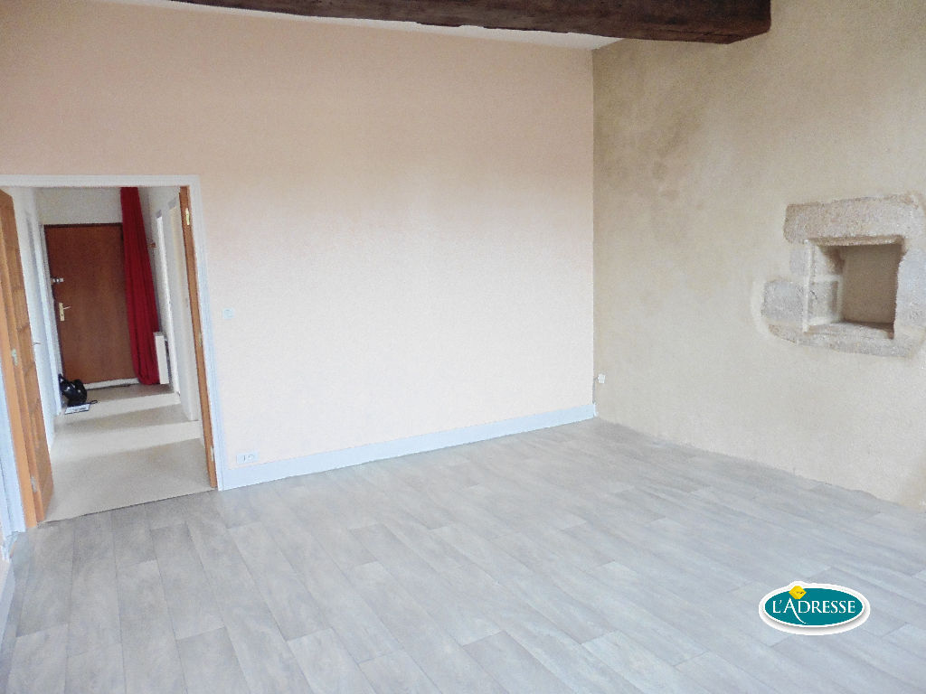 appartement-centre-ville-mayenne-70-m2
